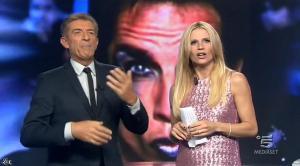 Michelle Hunziker dans Striscia la Notizia - 23/10/14 - 02