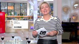 Anne-Elisabeth Lemoine dans C à Vous - 13/10/17 - 02