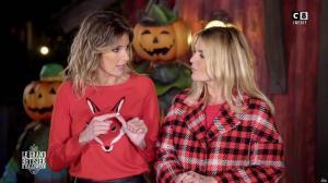 Caroline Ithurbide et Justine Fraioli dans le Bêtisier de Halloween - 26/10/17 - 32