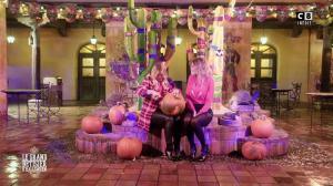 Caroline Ithurbide et Justine Fraioli dans le Bêtisier de Halloween - 26/10/17 - 37