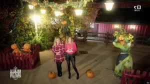Caroline Ithurbide et Justine Fraioli dans le Bêtisier de Halloween - 26/10/17 - 51