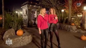Caroline Ithurbide et Justine Fraioli dans le Bêtisier de Halloween - 26/10/17 - 54