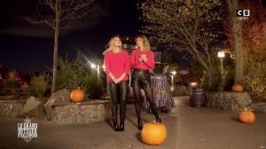 Caroline Ithurbide et Justine Fraioli dans le Bêtisier de Halloween - 26/10/17 - 59
