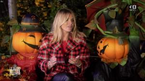 Justine Fraioli dans le Bêtisier de Halloween - 26/10/17 - 39