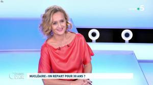 Caroline Roux dans C dans l'Air - 12/10/21 - 04