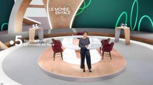 Mélanie Taravant dans le Monde en Face - 10/10/21 - 04