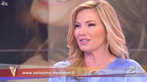 Federica Panicucci dans Verissimo - 19/02/11 - 6