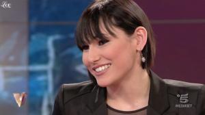 Giulia Pauselli dans Verissimo - 19/03/11 - 4
