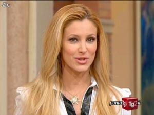 Adriana Volpe dans I Fatti Vostri - 31/01/12 - 02