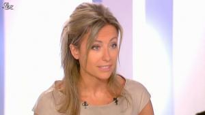 Anne-Sophie Lapix dans Dimanche Plus - 27/05/12 - 07