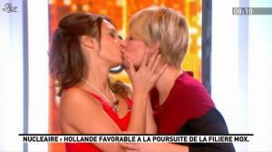 Maïtena Biraben et Julia Vignali dans la Matinale - 17/11/11 - 02