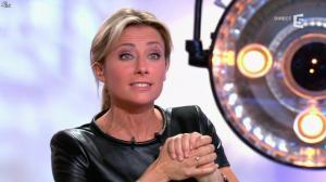Anne-Sophie Lapix dans C à Vous - 13/05/14 - 55