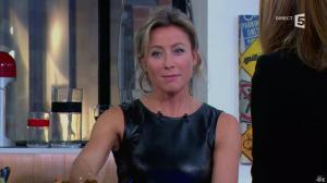 Anne-Sophie Lapix dans C à Vous - 14/10/13 - 132