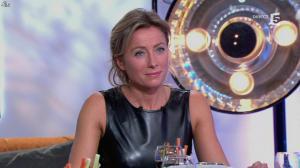 Anne-Sophie Lapix dans C à Vous - 14/10/13 - 151