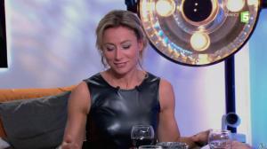 Anne-Sophie Lapix dans C à Vous - 14/10/13 - 153