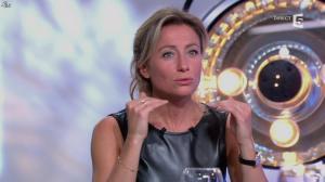 Anne-Sophie Lapix dans C à Vous - 14/10/13 - 172