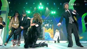 Céline Dion et Jenifer Bartoli dans le Meilleur des Enfoires - 10/12/10 - 09