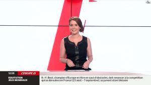 Elodie Poyade dans Menu Sport - 12/08/14 - 04