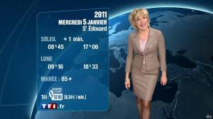 Evelyne Dhéliat à la Météo de 20h - 04/01/11 - 01