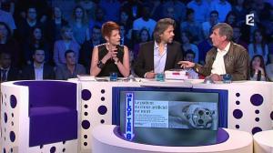 Natacha Polony dans On n'est pas Couché - 08/03/14 - 024