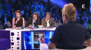 Natacha Polony dans On n'est pas Couché - 08/03/14 - 194