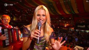 Michelle Hunziker dans Wetten Dass - 02/10/10 - 12