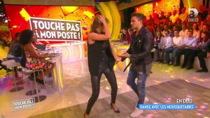 Caroline Ithurbide dans Touche pas à mon Poste - 29/04/16 - 07