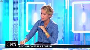 Caroline Roux dans C dans l Air - 22/09/16 - 02