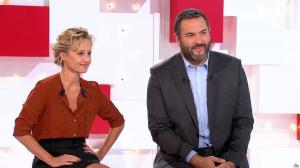 Caroline Roux dans Vivement la Télé - 18/09/16 - 01