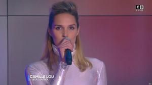 Camille Lou dans Touche pas à mon Poste - 25/09/17 - 05