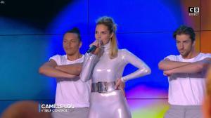 Camille Lou dans Touche pas à mon Poste - 25/09/17 - 15