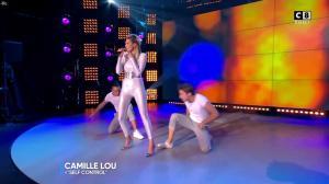 Camille Lou dans Touche pas à mon Poste - 25/09/17 - 17
