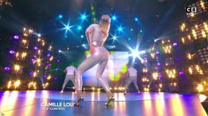 Camille Lou dans Touche pas à mon Poste - 25/09/17 - 41