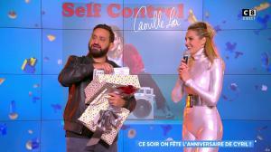 Camille Lou dans Touche pas à mon Poste - 25/09/17 - 77