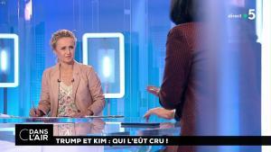 Caroline Roux dans C dans l'Air - 12/06/18 - 04