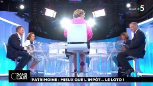 Caroline Roux dans C dans l'Air - 31/05/18 - 02