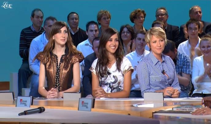 Ariane Massenet, Elise Chassaing et Tania Bruna-Rosso dans le Grand Journal De Canal Plus. Diffusé à la télévision le 24/04/09.