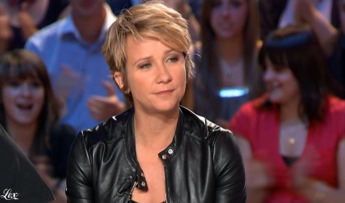 Ariane Massenet dans le Grand Journal De Canal Plus. Diffusé à la télévision le 05/06/09.