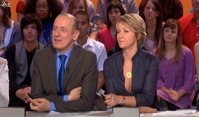 Ariane Massenet dans le Grand Journal De Canal Plus. Diffusé à la télévision le 06/02/09.