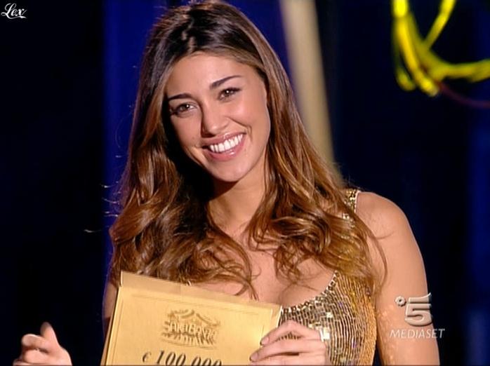 Belen Rodriguez dans Sarabanda. Diffusé à la télévision le 29/08/09.