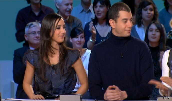 Elise Chassaing dans le Grand Journal De Canal Plus. Diffusé à la télévision le 14/01/09.
