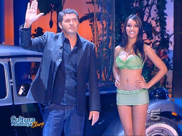 Juliana Moreira dans Cultura Moderna Slurp. Diffusé à la télévision le 07/02/07.