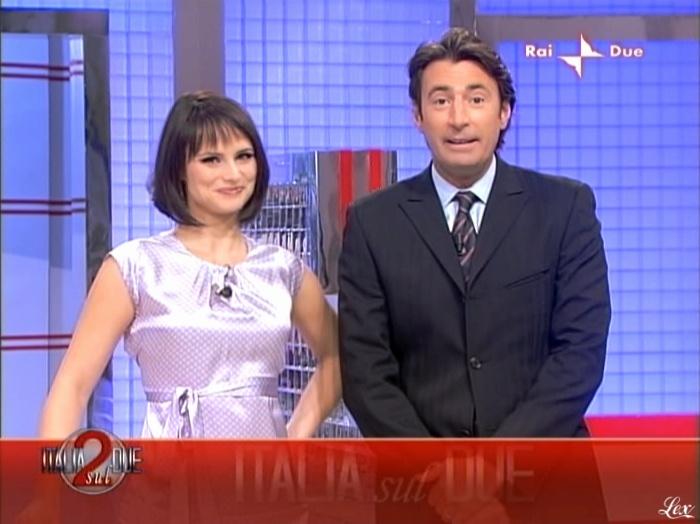 Lorena Bianchetti dans Italia Sul Due. Diffusé à la télévision le 14/10/09.