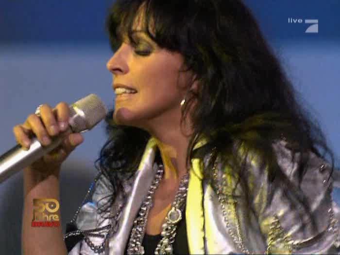 Nena dans Pro7 50 Jahre Bravo. Diffusé à la télévision le 21/10/06.