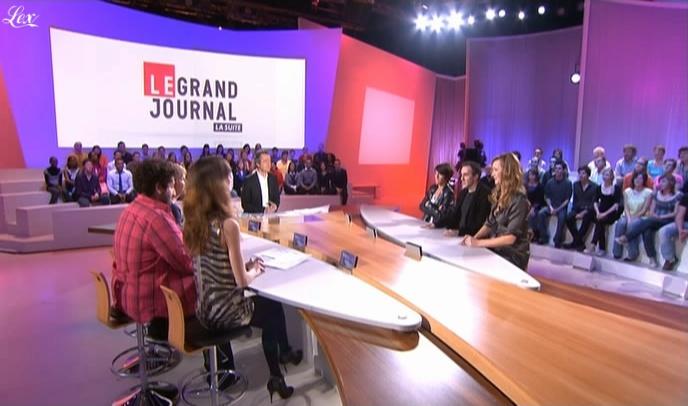 Julie Ferrier et Tania Bruna-Rosso dans le Grand Journal De Canal Plus. Diffusé à la télévision le 03/03/09.