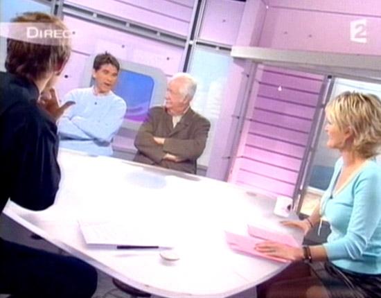 Sophie davant c 39 est au programme 02 - C est au programme chroniqueur ...