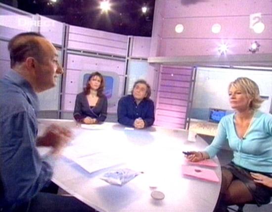 Sophie davant c 39 est au programme 07 - C est au programme chroniqueur ...