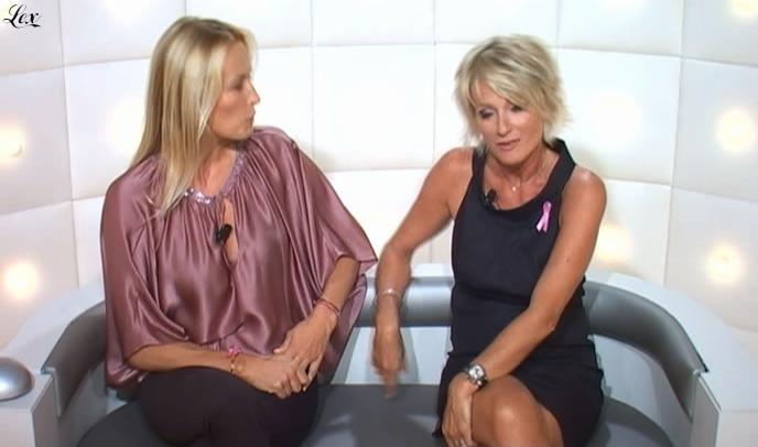 Sophie Davant et LBAQ dans le Grand Journal De Canal Plus. Diffusé à la télévision le 10/09/09.