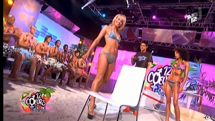 Victoria dans 12 Coeurs. Diffusé à la télévision le 05/12/08.