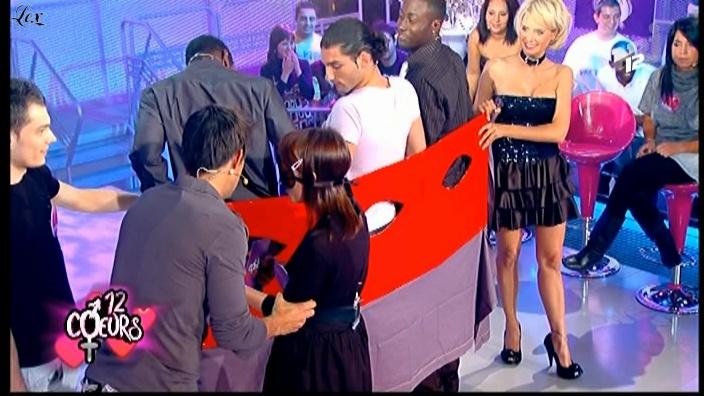Victoria dans 12 Coeurs. Diffusé à la télévision le 08/12/08.